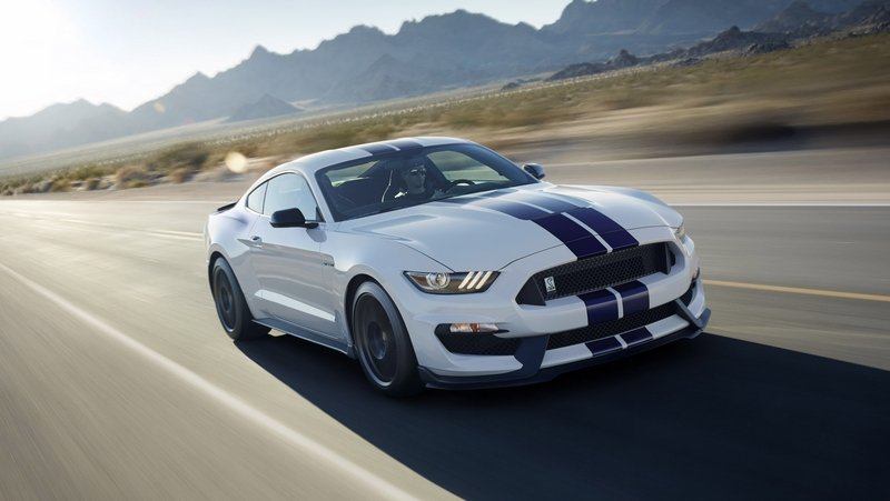 Next Ford Shelby GT500 May Get Twin-Turbo V-6