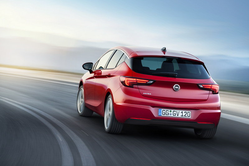 Seventh-Gen Opel Astra To Be Launched in 2021 With New Platform and Powertrain