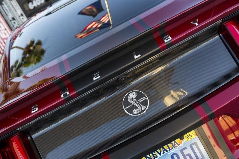 2015 Shelby Super Snake Emblems and Logo Exterior - image 634169