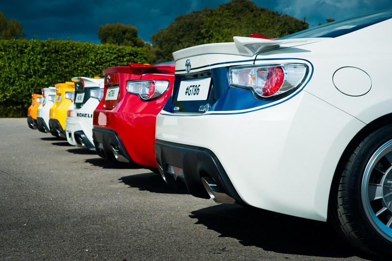 Toyota Pays Tribute To Its Heritage With One-Off Classic Liveries For GT-86 High Resolution Exterior - image 632533