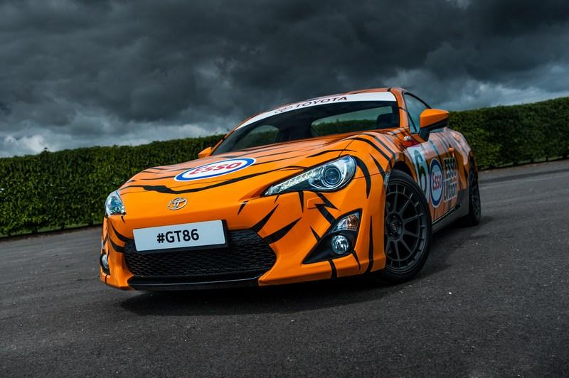 Toyota Pays Tribute To Its Heritage With One-Off Classic Liveries For GT-86 High Resolution Exterior - image 632535