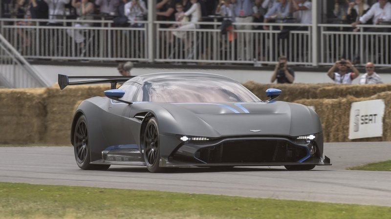 Aston Martin Wants To Make The Vulcan Road-Legal