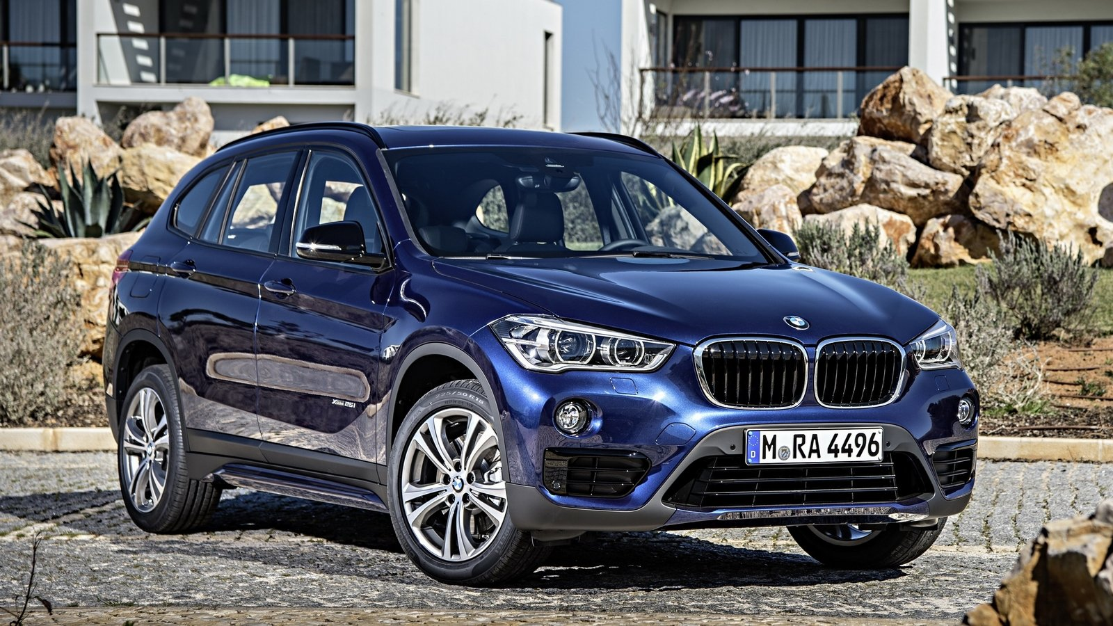 bmw x1 could get a hybrid version picture 637065 car news top speed. Black Bedroom Furniture Sets. Home Design Ideas