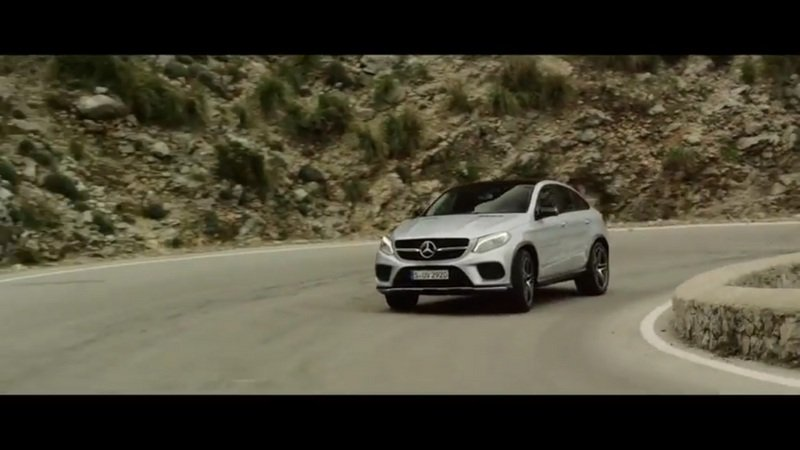 Lewis Hamilton Drives The Mercedes-Benz GLE Coupe: Video