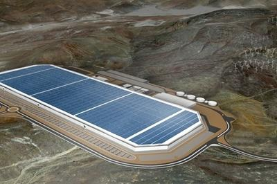 "Tesla Builds $5 Billion ""Gigafactory"" In Nevada"