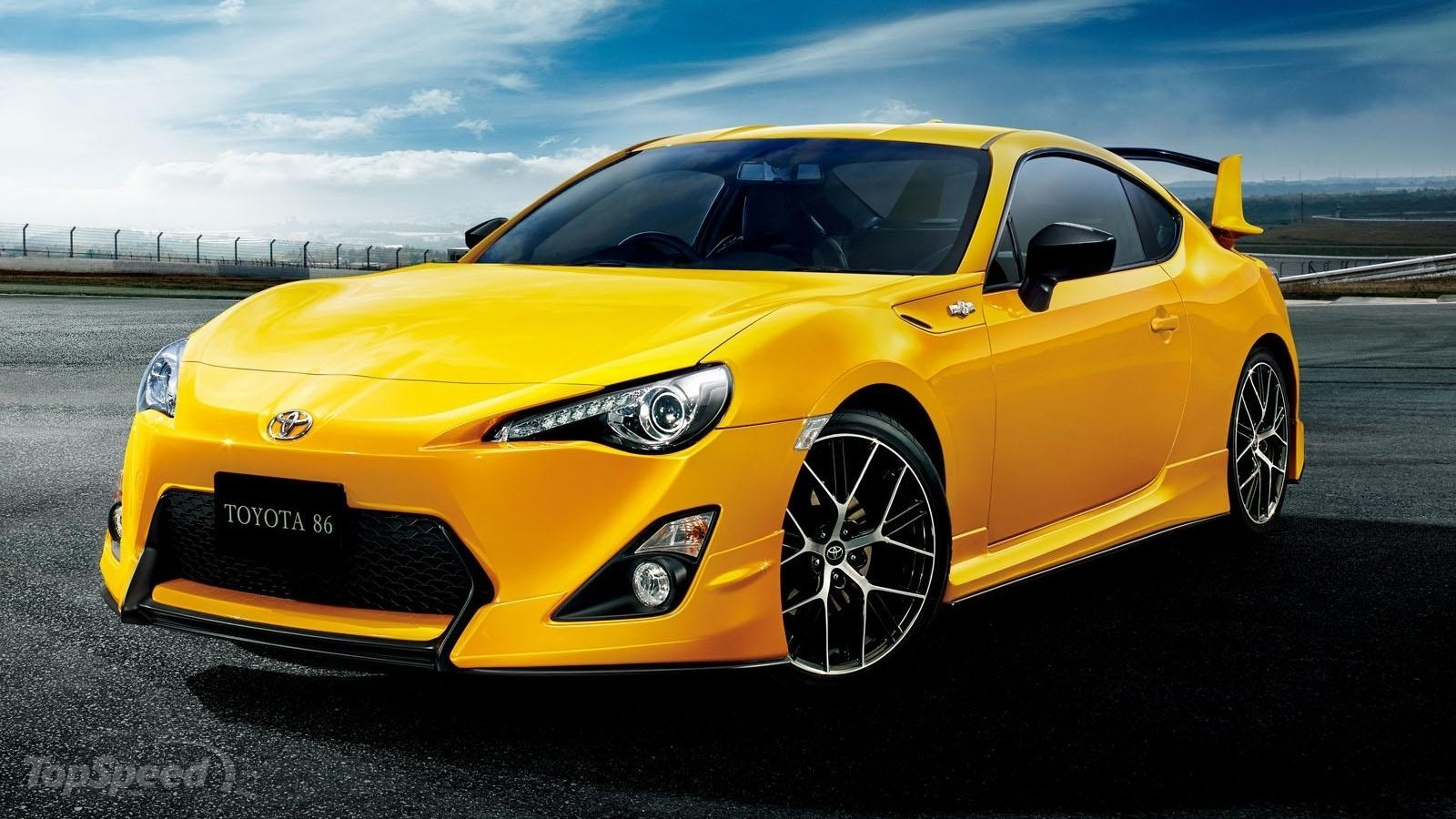 Ford Gt Interior >> 2015 Toyota 86 Yellow Limited | Top Speed