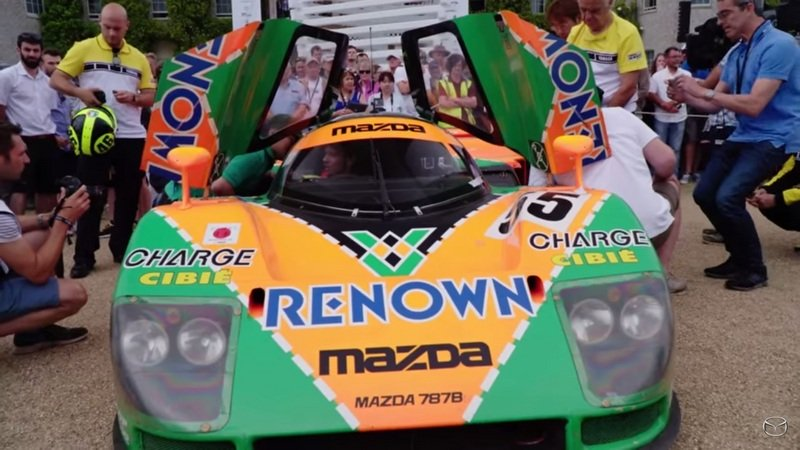 Valentino Rossi Drives The Mazda 787B At Goodwood 2015: Video