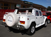 Is Lamborghini Planning To Resuscitate The Iconic 1986 LM002? - image 643776
