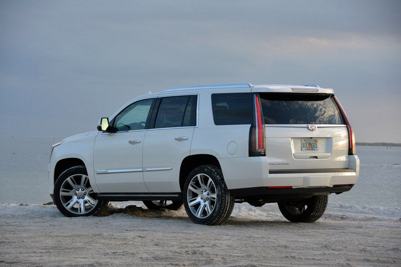 2015 Cadillac Escalade - Driven High Resolution Exterior Test drive - image 640085