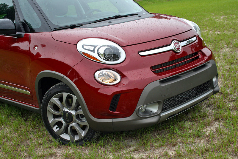 2015 Fiat 500L - Driven High Resolution Exterior - image 643241