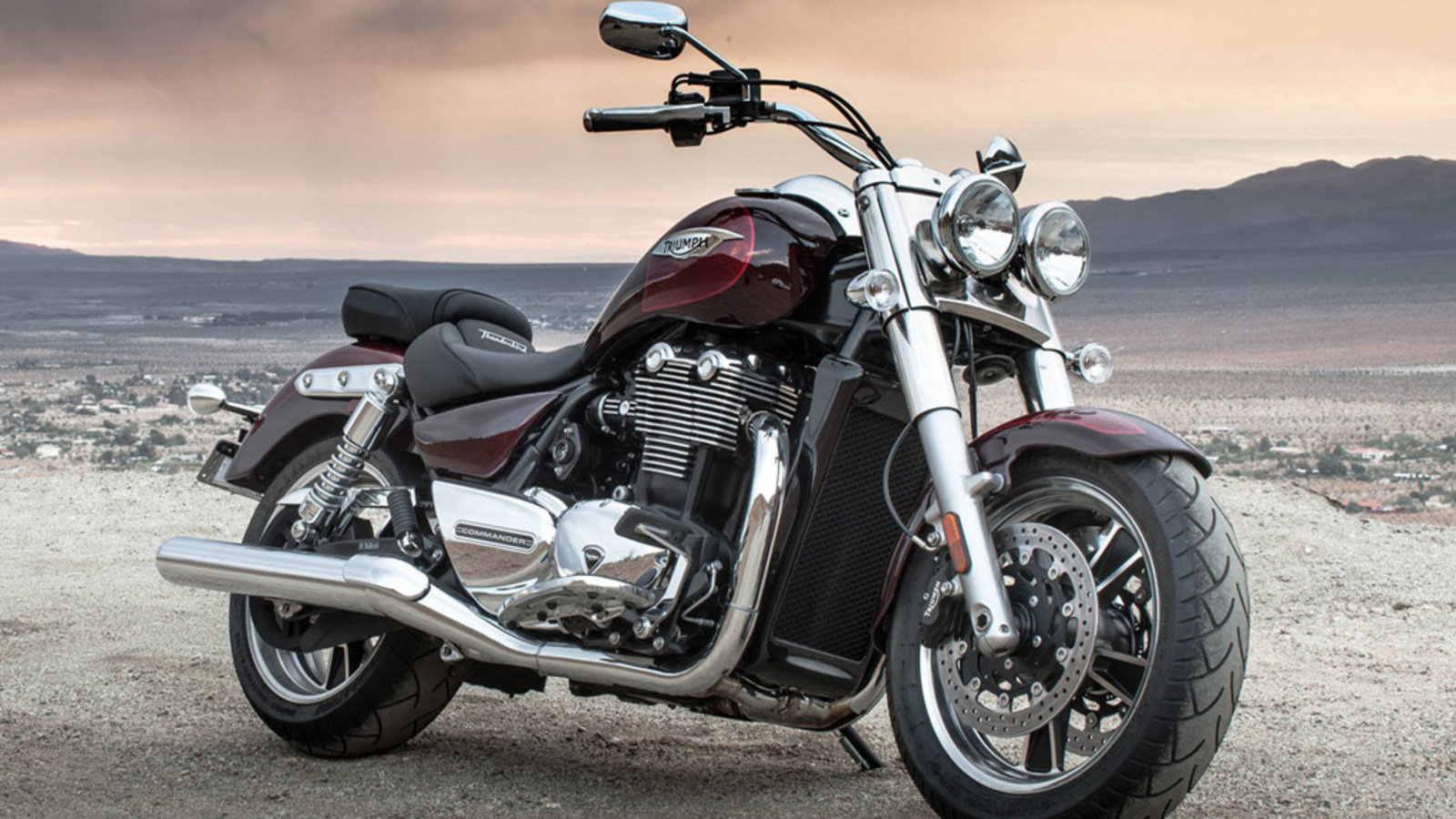2015 triumph thunderbird commander review top speed. Black Bedroom Furniture Sets. Home Design Ideas