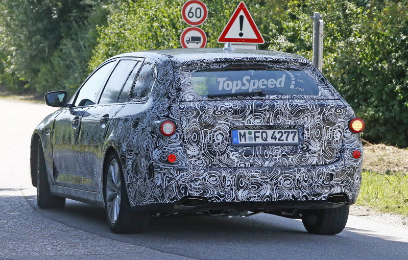 2016 BMW 5 Series Touring Caught Testing Again: Spy Shots Exterior Spyshots - image 638988