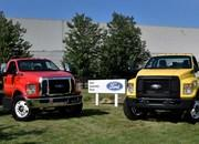 2016 Ford F-650, F-750 Trucks Begin US Production - image 640022