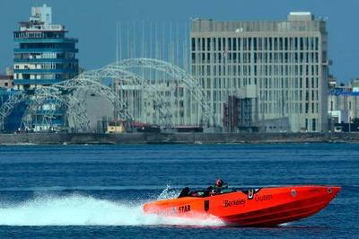 German Powerboat Racer Sets Florida-To-Cuba Speed Run Record