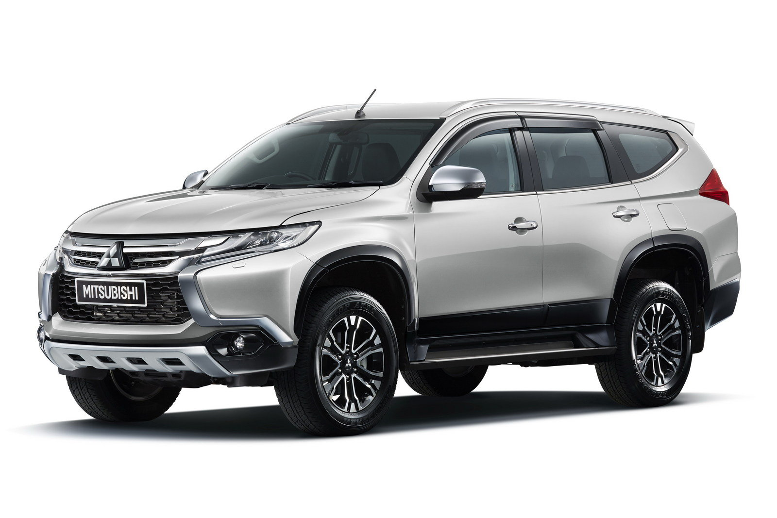 2016 Mitsubishi Pajero Sport  Picture 638840  truck review @ Top