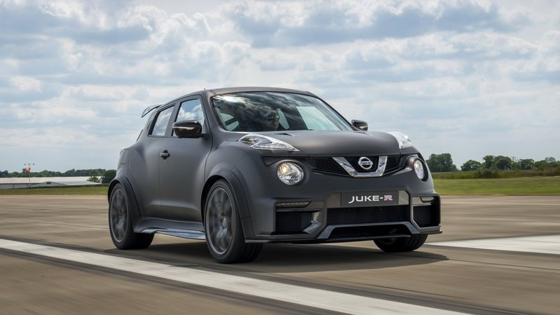 Nissan Plans To Produce Up to 17 Units Of The Juke-R 2.0