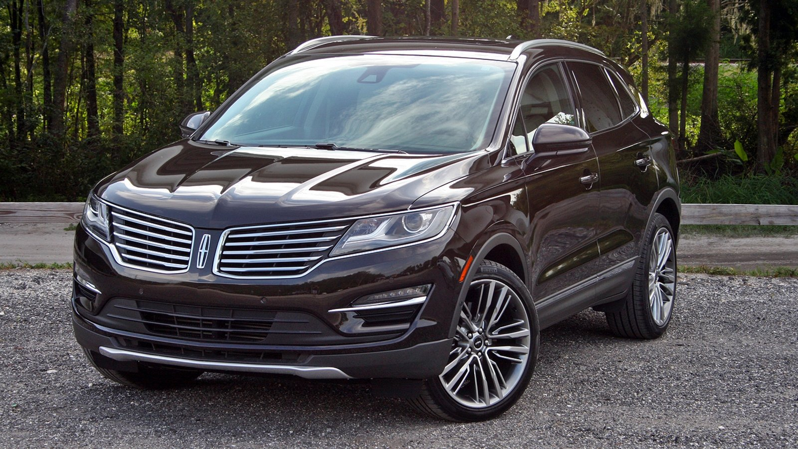 2015 lincoln mkc driven review top speed. Black Bedroom Furniture Sets. Home Design Ideas