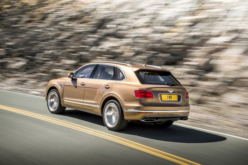 2017 Bentley Bentayga High Resolution Exterior - image 645142