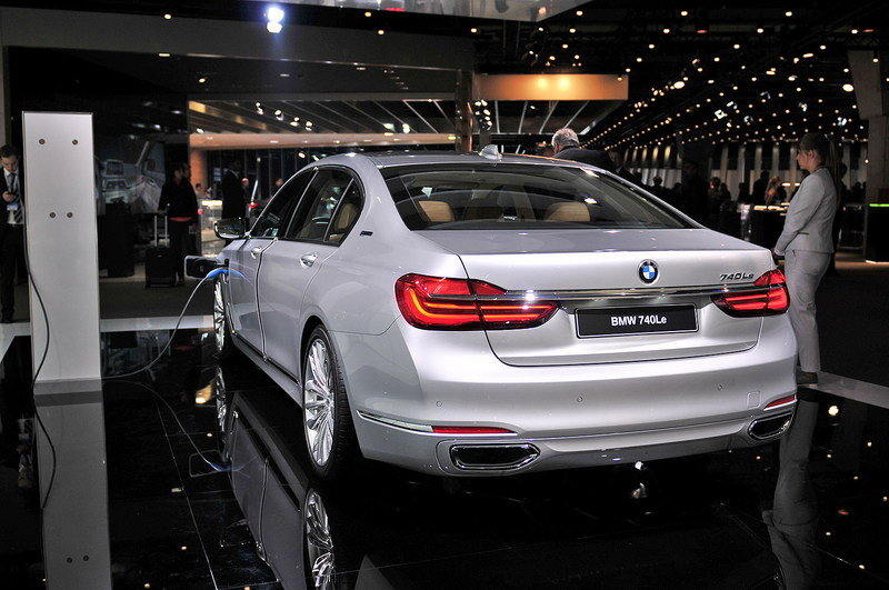 2016 bmw 7 series review top speed. Black Bedroom Furniture Sets. Home Design Ideas