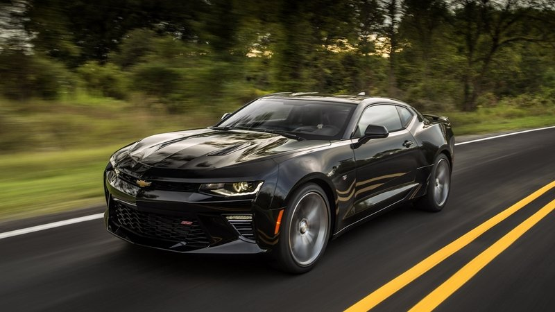 The 2019 Chevy Camaro Won't get a Seven-Speed Manual; Will Be Offered with 10-Speed Auto