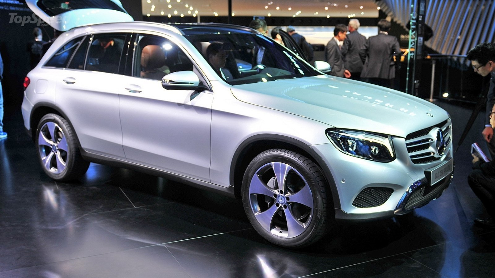 2016 mercedes benz glc class review top speed. Black Bedroom Furniture Sets. Home Design Ideas