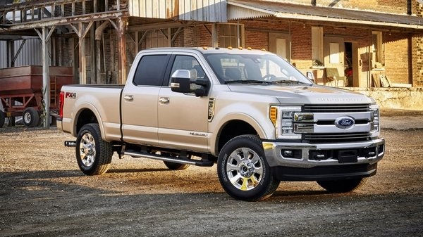 Why Are Trucks So Expensive >> 2017 Ford Super Duty FX4 Blasts An Off-Road Trail | truck ...