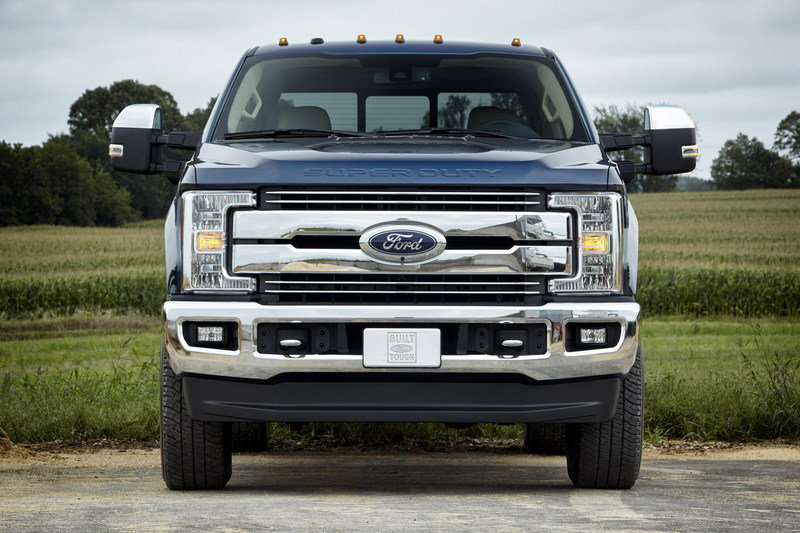 Ford S New 7 3 Liter V 8 May Go Old School With Pushrod Valve