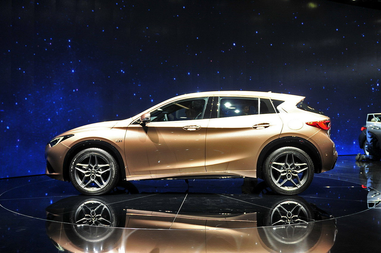 2017 infiniti q30 picture 647479 car review top speed. Black Bedroom Furniture Sets. Home Design Ideas