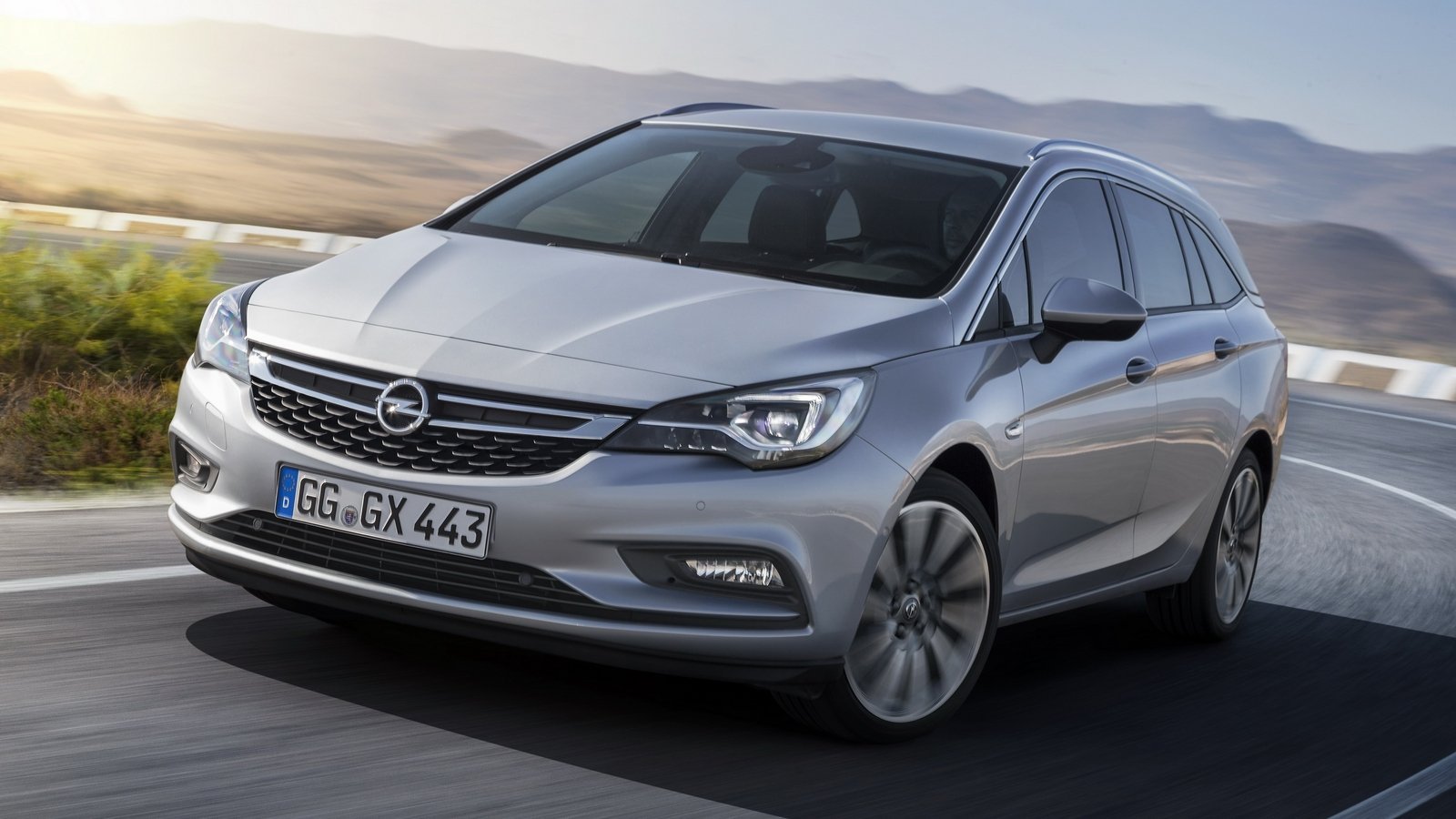 2017 Opel Astra Sports Tourer Pictures, Photos, Wallpapers ...