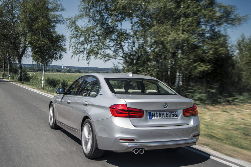 2016 BMW 330e Plug-In Hybrid High Resolution Exterior - image 644520