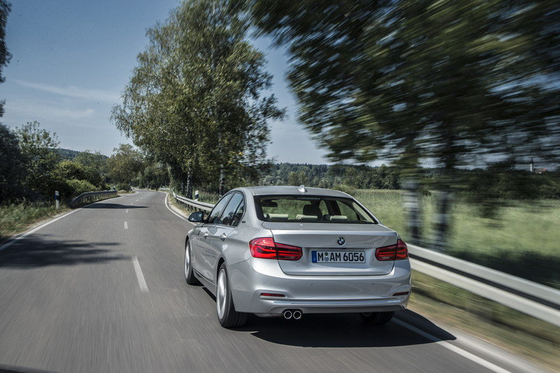 2016 BMW 330e Plug-In Hybrid High Resolution Exterior - image 644521