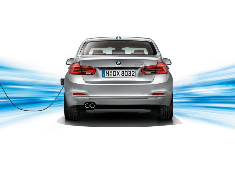 2016 BMW 330e Plug-In Hybrid High Resolution Exterior - image 644512