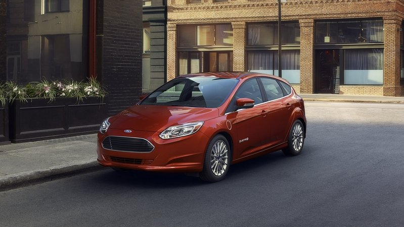 Ford Gives Hints On Plan To Build 200-Mile EV