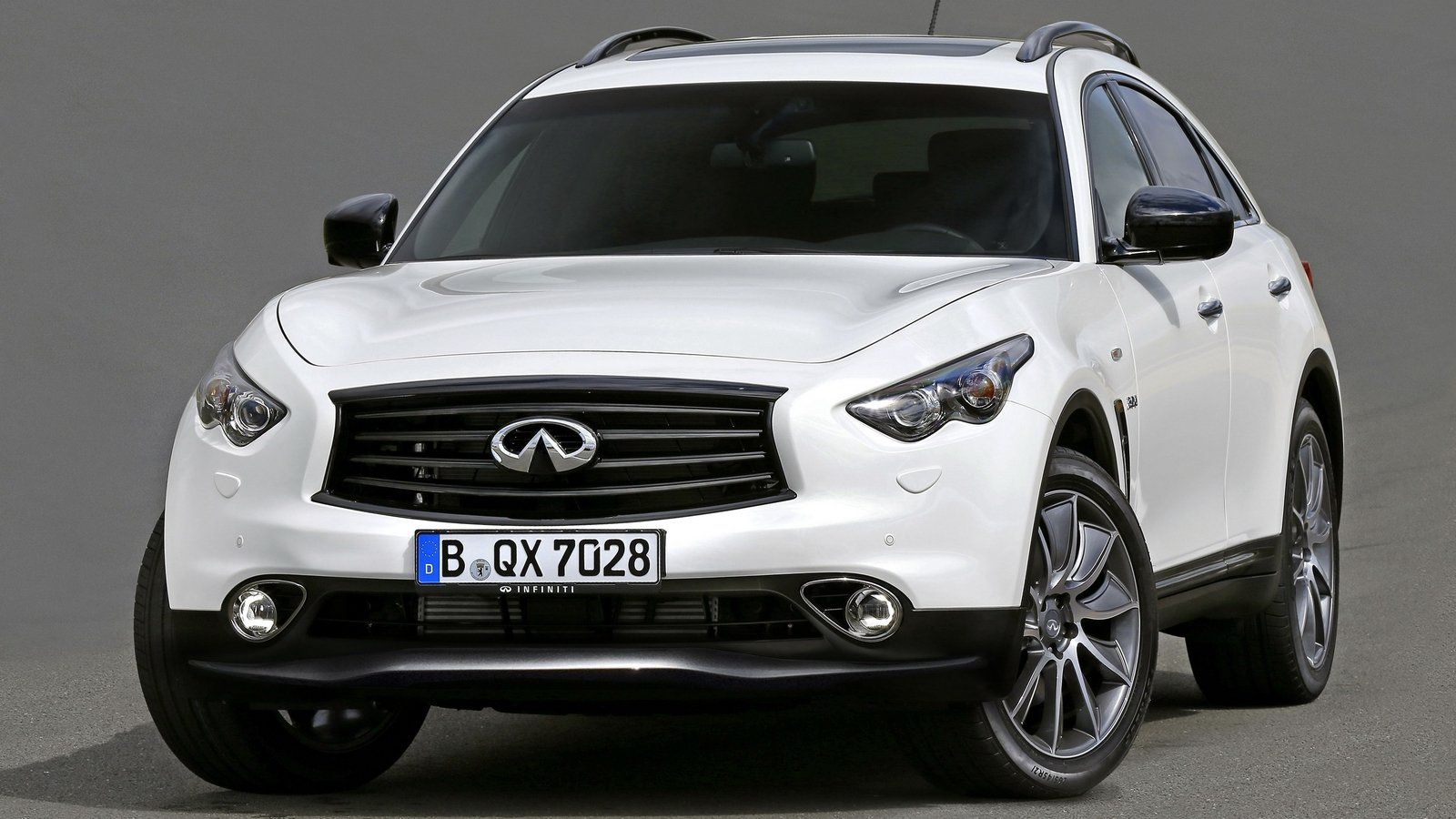 2016 infiniti qx70 white 200 interior and exterior images. Black Bedroom Furniture Sets. Home Design Ideas