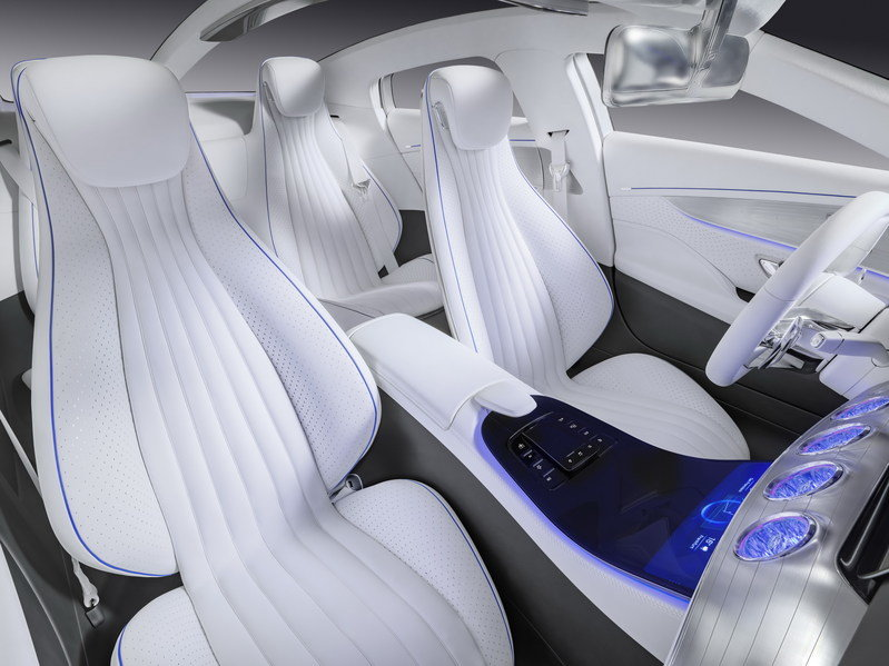 "2015 Mercedes-Benz ""Concept IAA"" High Resolution Interior - image 645981"