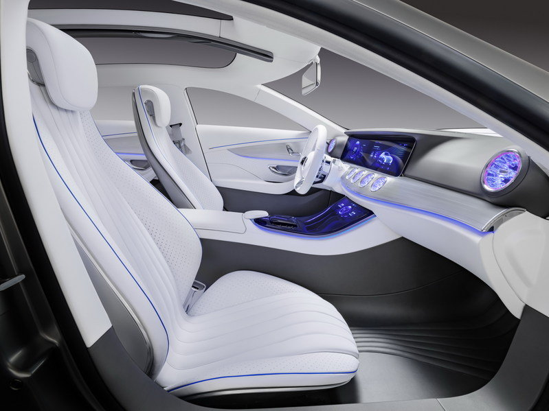 "2015 Mercedes-Benz ""Concept IAA"" High Resolution Interior - image 645982"
