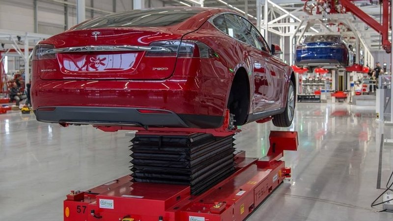 Why Tesla Has Chosen Netherlands For Its New Factory?