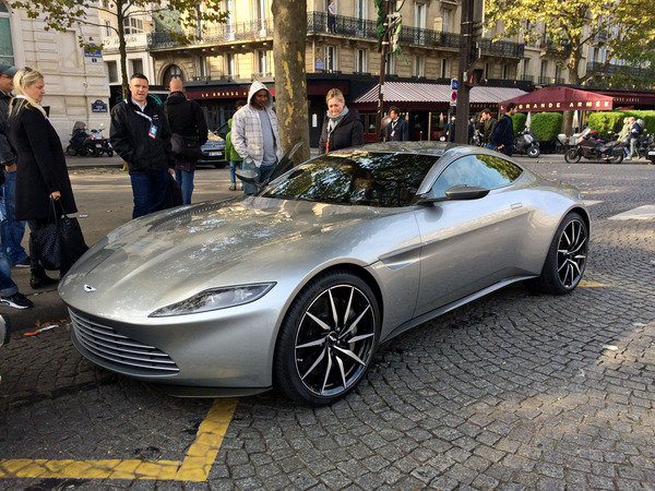 how much does it cost for insurance on the aston martin db10 car news top speed. Black Bedroom Furniture Sets. Home Design Ideas