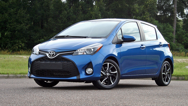 2015 Toyota Yaris - Driven High Resolution Exterior - image 650970