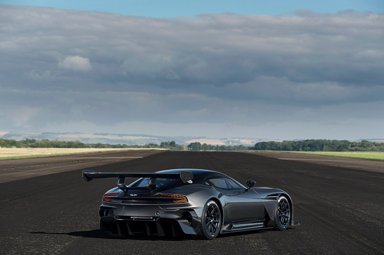 2016 aston martin vulcan picture 649154 car review top speed. Black Bedroom Furniture Sets. Home Design Ideas
