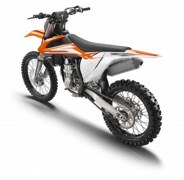 Motorcycle Review Top Speed: 2016 KTM 450 SX-F - Picture 649386