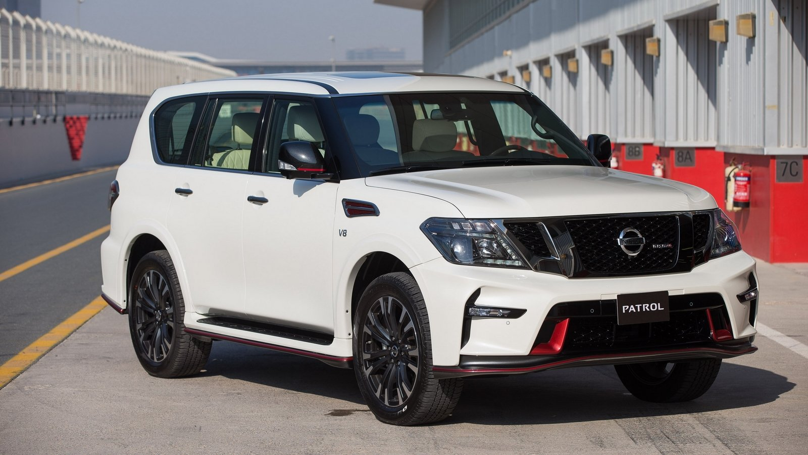 2016 nissan patrol nismo review top speed. Black Bedroom Furniture Sets. Home Design Ideas