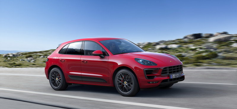 Wallpaper of the Day: 2017 Porsche Macan GTS