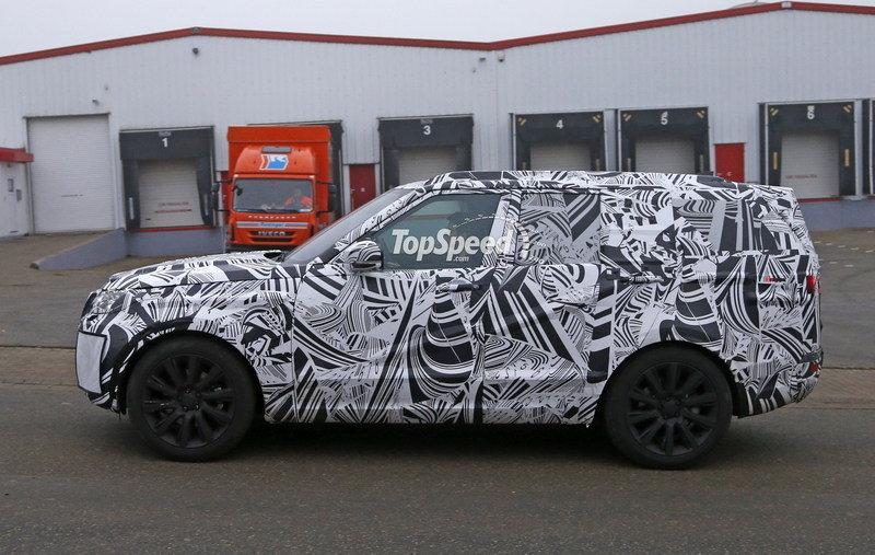2017 Land Rover Discovery High Resolution Exterior Spyshots - image 653517