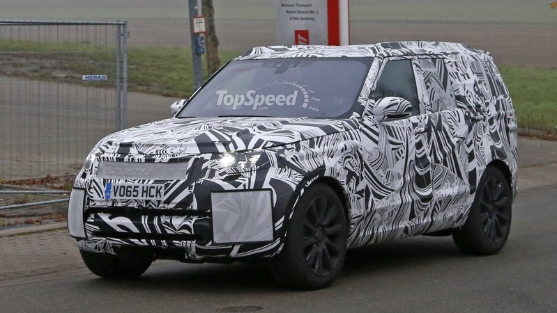 Land Rover Might Build Discovery SVX Off-Roader
