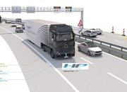 Mercedes-Benz's Self-Driving Truck Rolls Down The Autobahn - image 649464