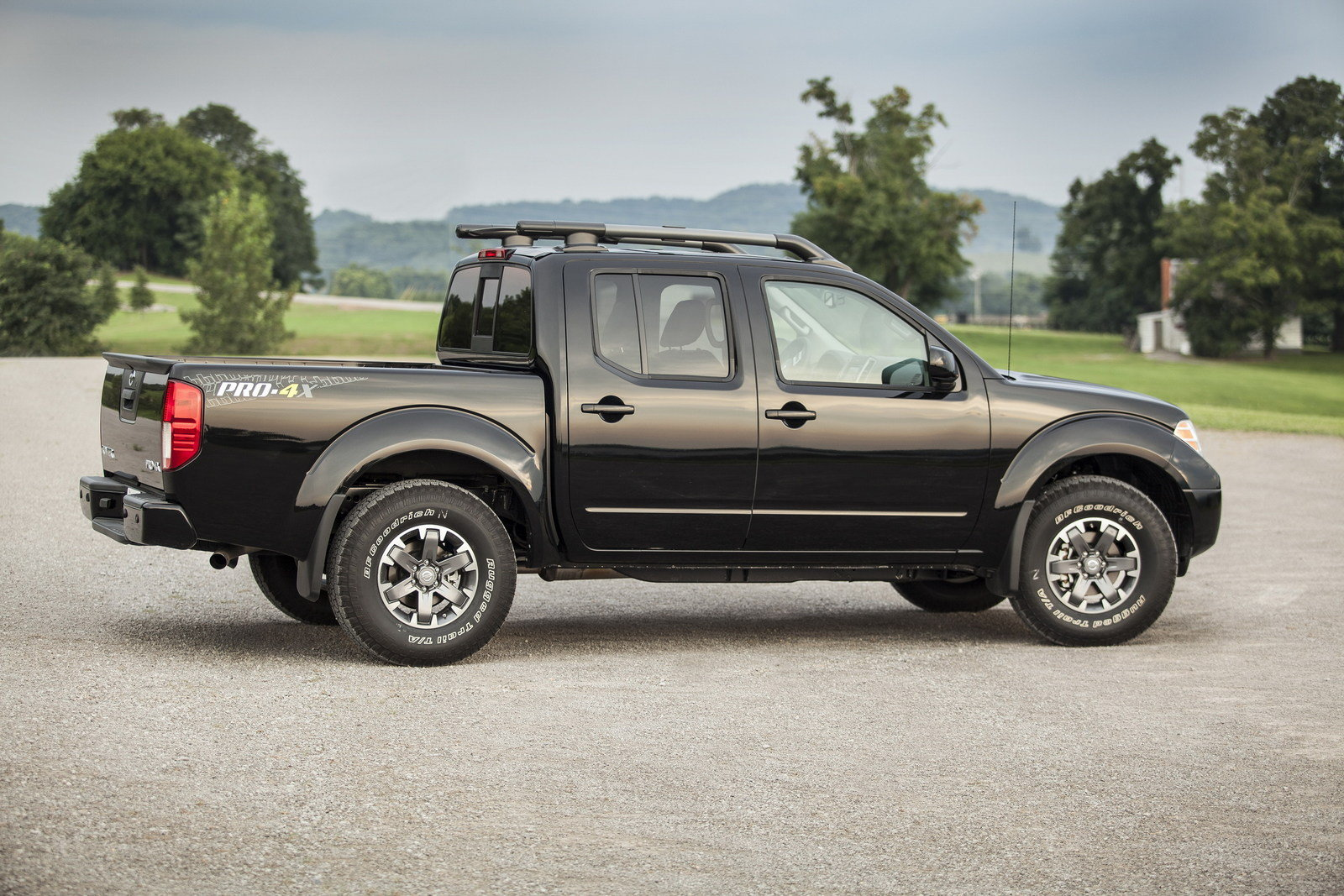 2016 Nissan Frontier Picture 649420 Truck Review Top