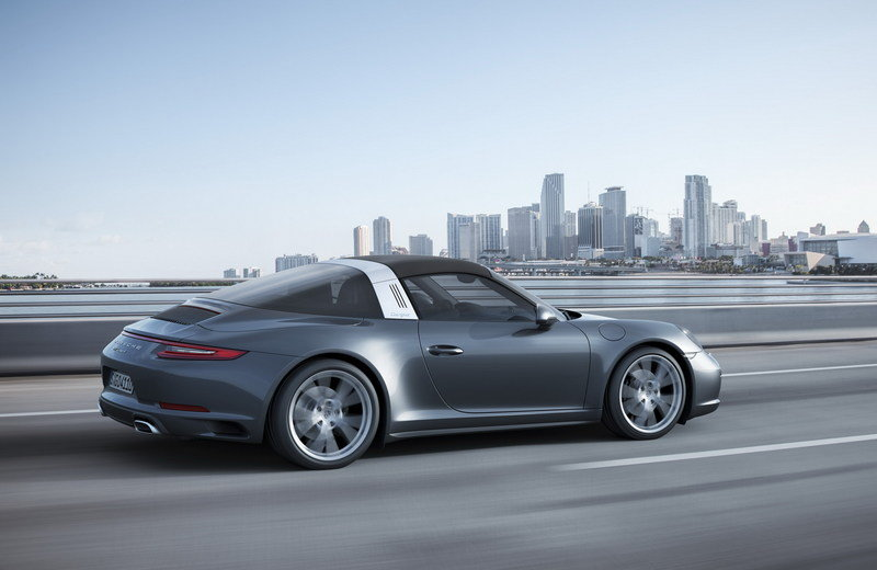 2017 Porsche 911 Targa 4 High Resolution Exterior - image 649690