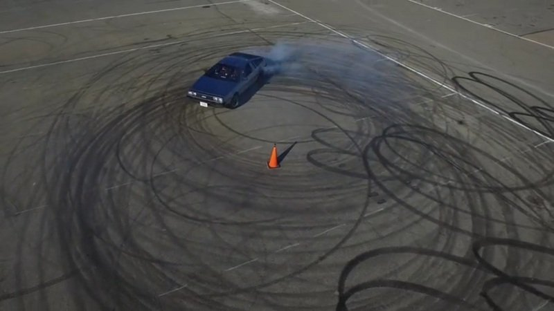 Self-Driving, Electric DeLorean Does Some Great Drifting: Video