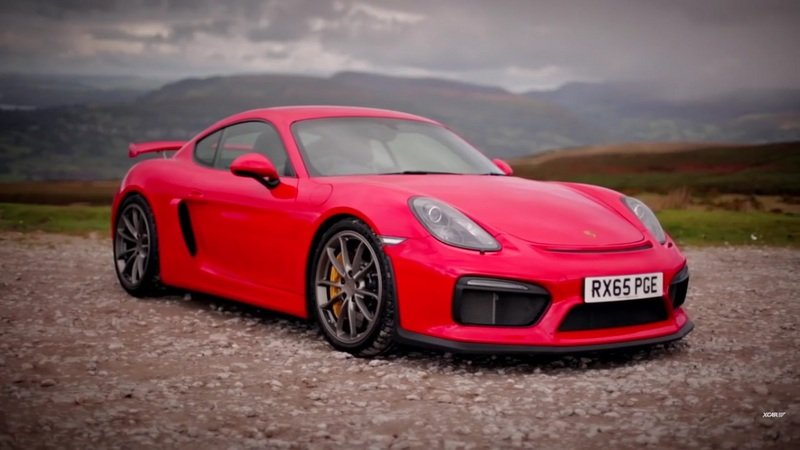 XCAR Reviews The 2016 Porsche Cayman GT4: Video